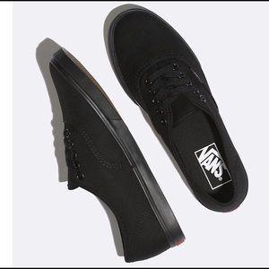 Vans Women Authentic Lo Pro Sneaker